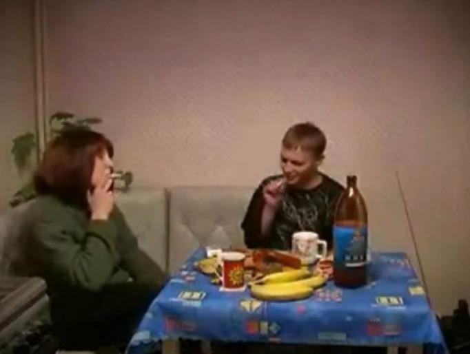 Русский инцест с пьяными матери 26 фотография