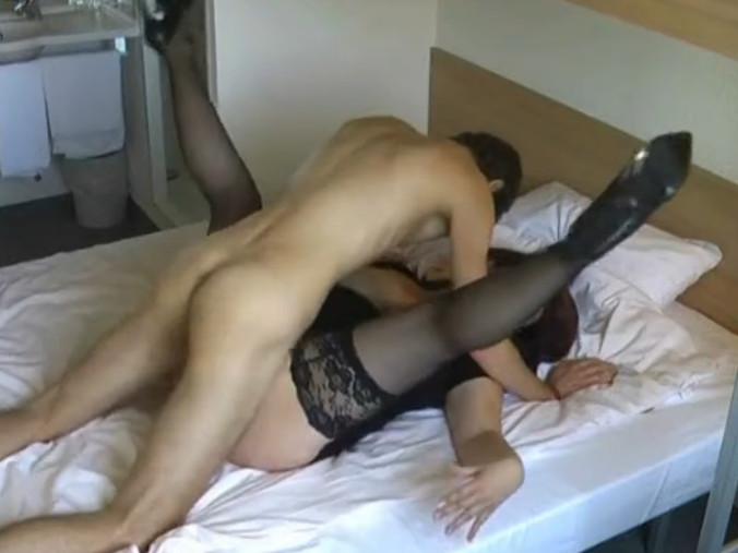 Смотреть порно в возрасте мамка с сыном 20 фотография