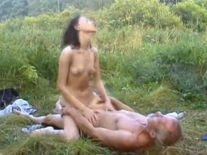 Русские жены в ванной порно фото