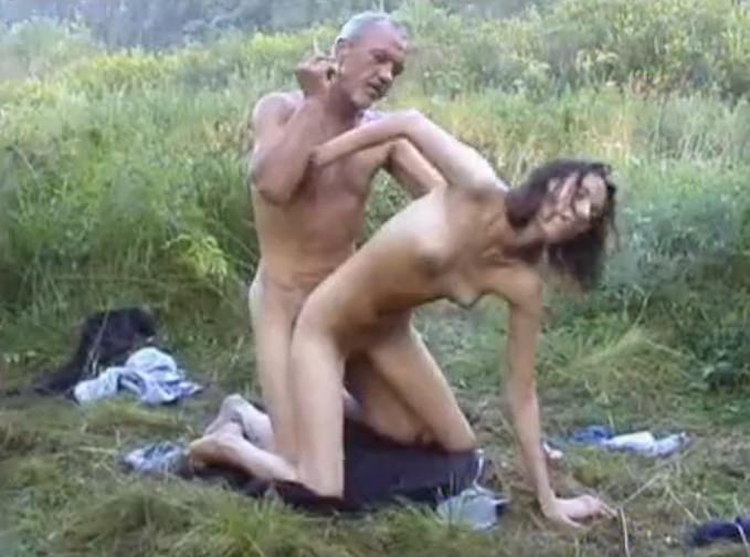 Простой деревенский секс на даче фото 628-484