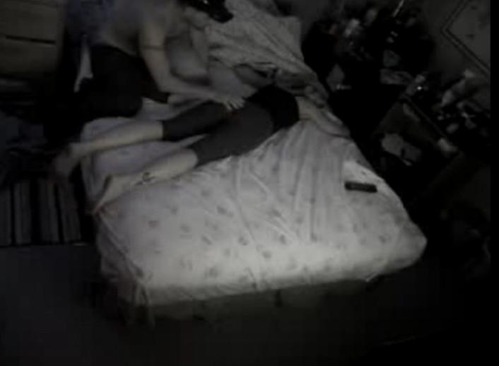 Смотреть онлайн порно трахнули спящую 15 фотография