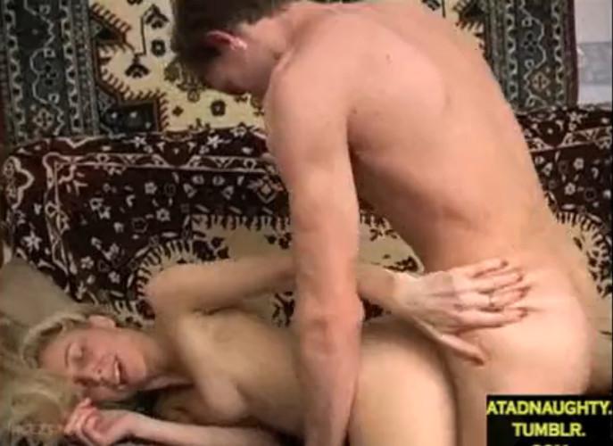 devushka-pozhalela-porno