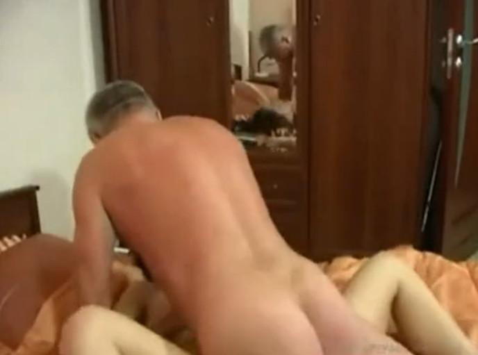 Отец Трахает Свою Дочь Порно Смотреть Онлайн
