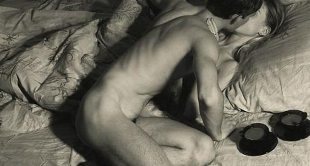 фото девушки голае секс девушки целуется видео