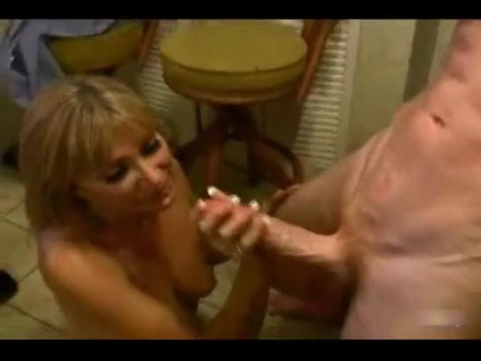 расказ как сына секс мама соблазняет