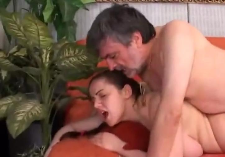 папе на скачет порно скачать доч