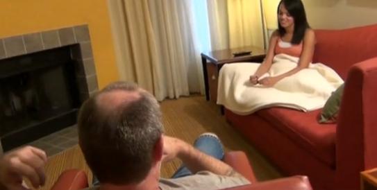 Видео случайный трах замужней9